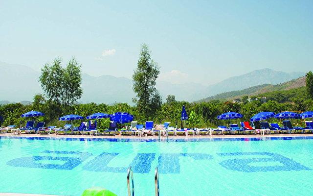 Larissa Aura Resort (ex. Aura Resort Hotel) 2