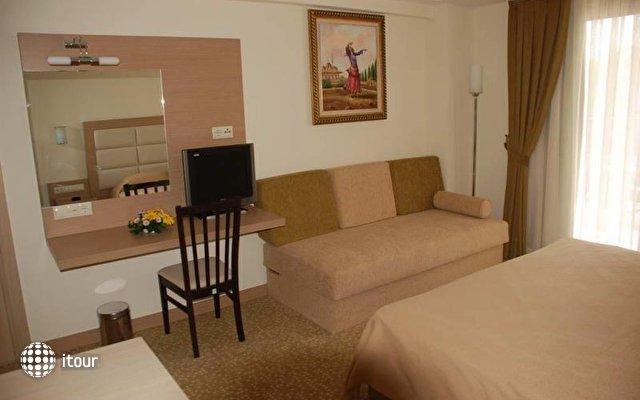 Britannia Hotel & Villas 6