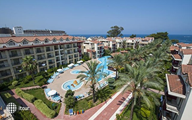 Crystal Aura Beach Resort & Spa (ex. Alatimya Village) 10