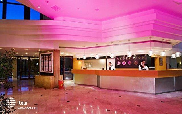 La Mer Hotel 6