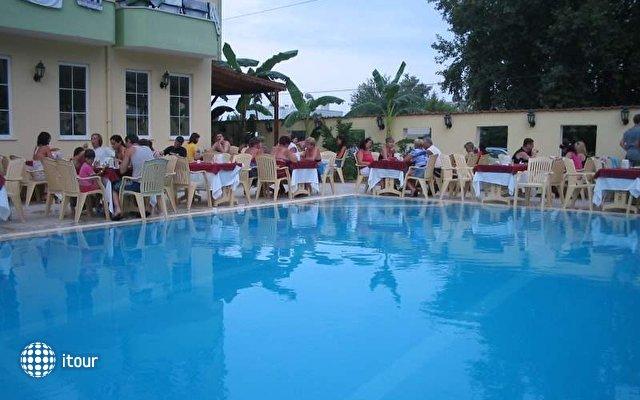 Asia Hotel 3