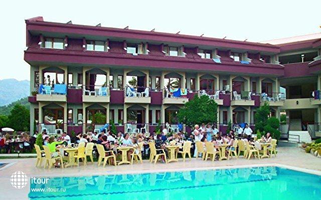 Club Ares Hotel 9