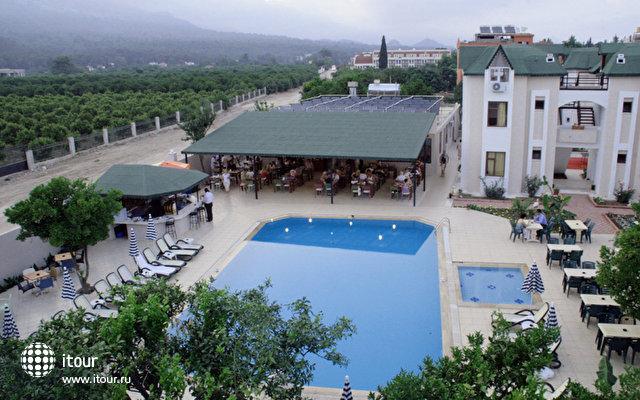 Club Ares Hotel 2