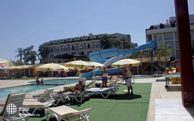 Stardust Beach Hotel 7