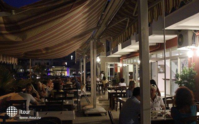 Stardust Beach Hotel 9