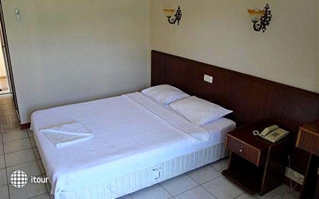 Hotel Feronia Hills 3