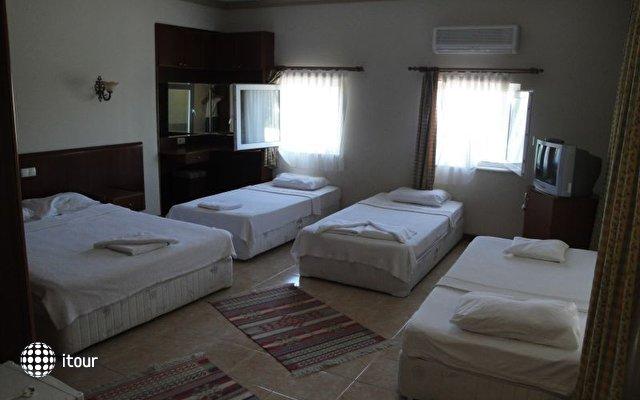 Hotel Feronia Hills 7