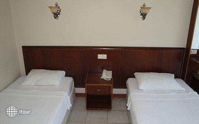 Hotel Feronia Hills 8