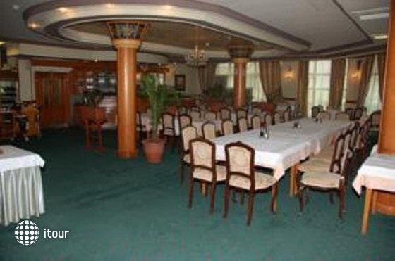 Millennium Palace Hotel 9