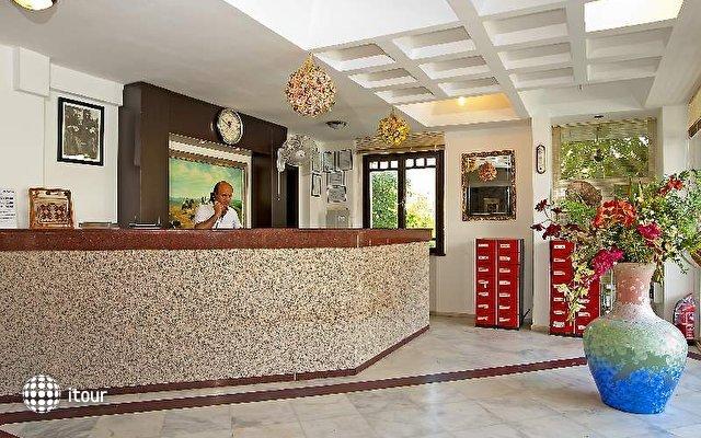 Rosarium Hotel 8