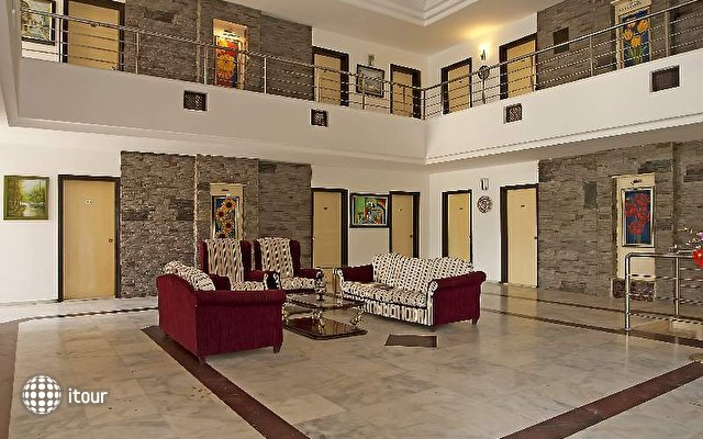 Rosarium Hotel 9