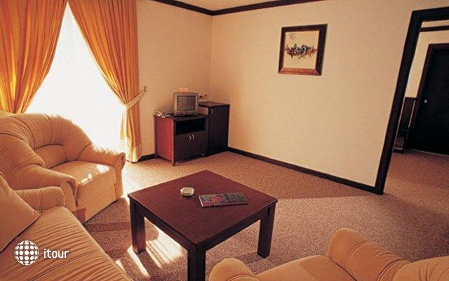 Nar Hotel 8
