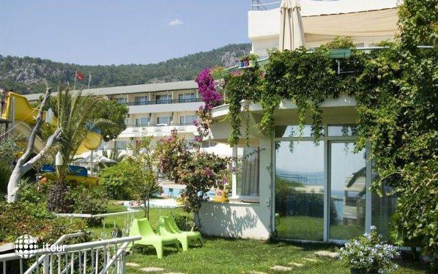 Aqua Bella Beach Hotel (ex. Club Hotel Belant) 4