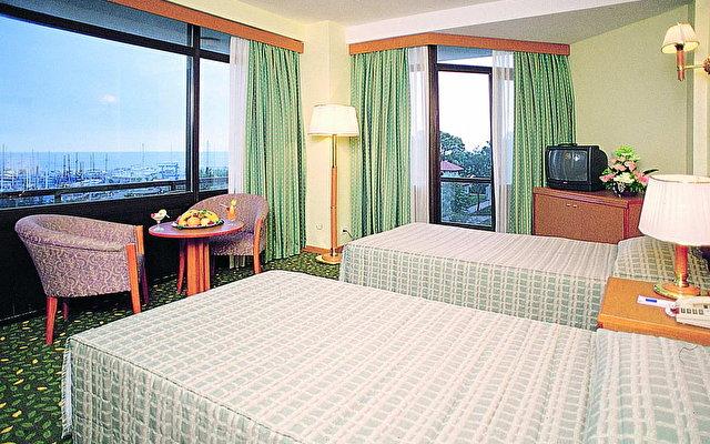 Ozkaymak Marina Hotel 5