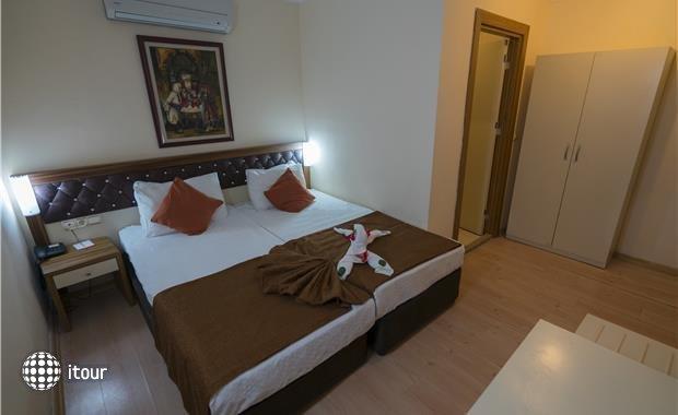 Armas Beach Hotel  4