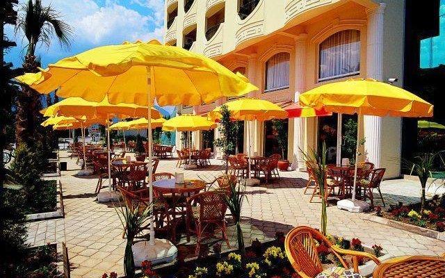 Rizzi Hotel (ex Orange Fun World) 5