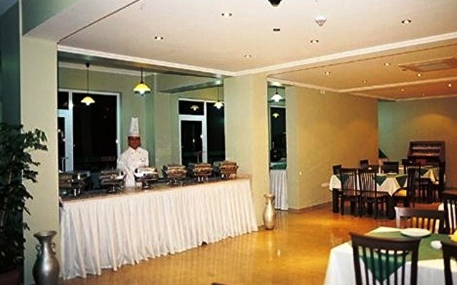 Rizzi Hotel (ex Orange Fun World) 6