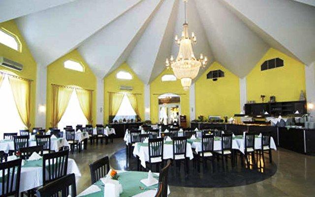 Rizzi Hotel (ex Orange Fun World) 7