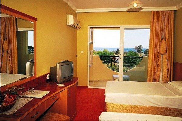Rizzi Hotel (ex Orange Fun World) 3