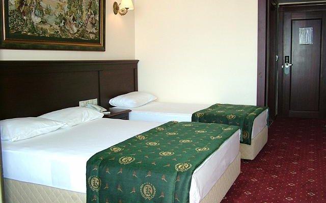Kaya Hotel Express 3