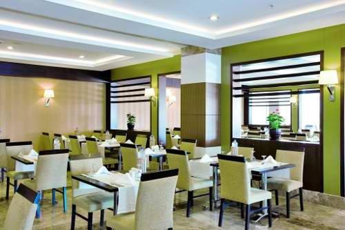 Saturn Palace Resort 10
