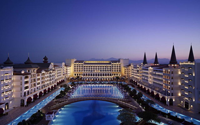 Mardan palace 5 for Super luxury hotels in dubai