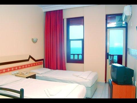 Klas Dom Hotel 5
