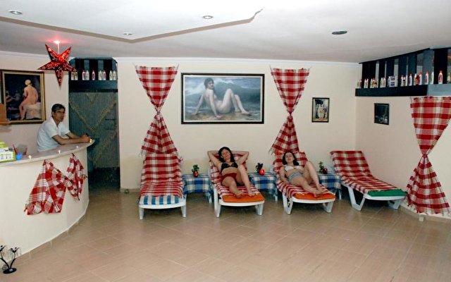 Apex Beach Hotel 6