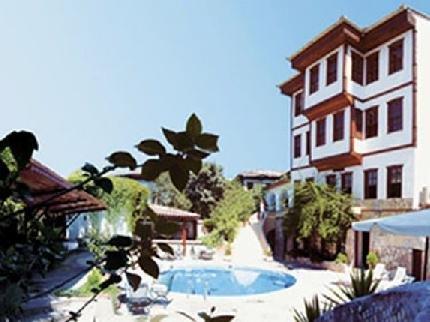Argos Hotel 3