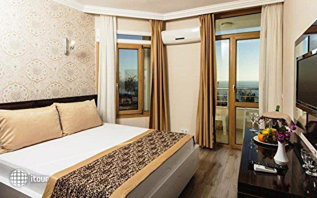 Altes Hotel 4