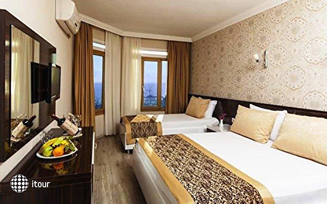 Altes Hotel 2