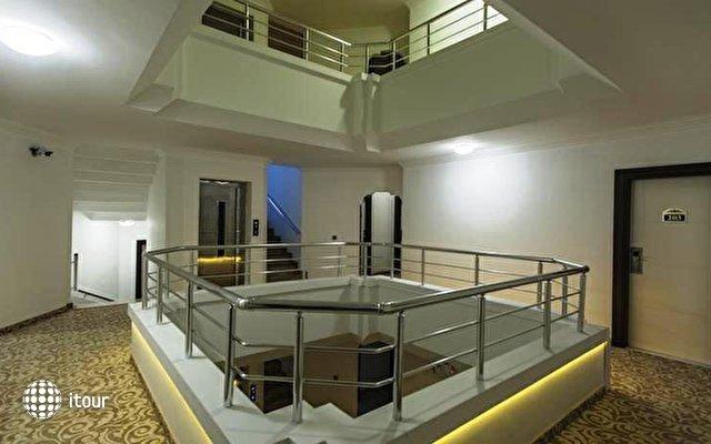 Altes Hotel 7