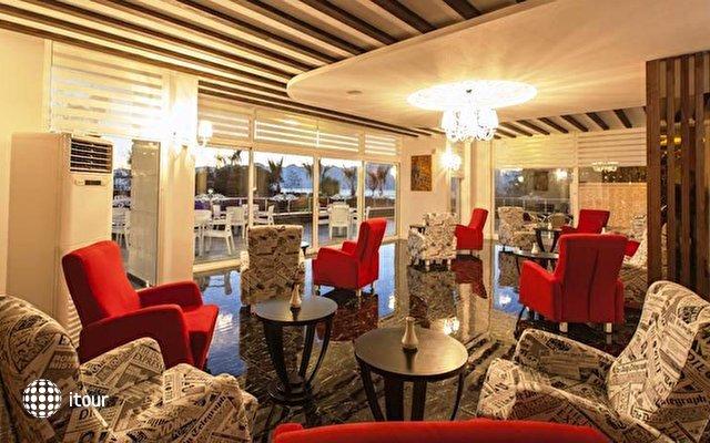Altes Hotel 3