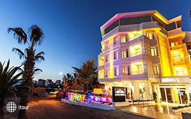 Altes Hotel 1