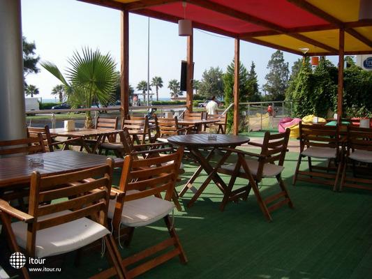 Krystal Beach Hotel 4