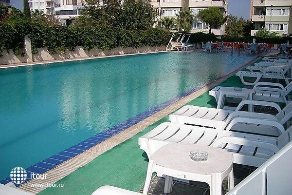 Krystal Beach Hotel 1
