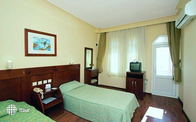 Turist Hotel Beach And Resort 2