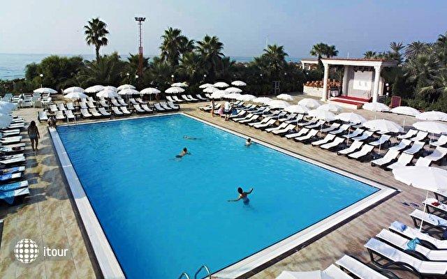 Club Hotel Sera 2