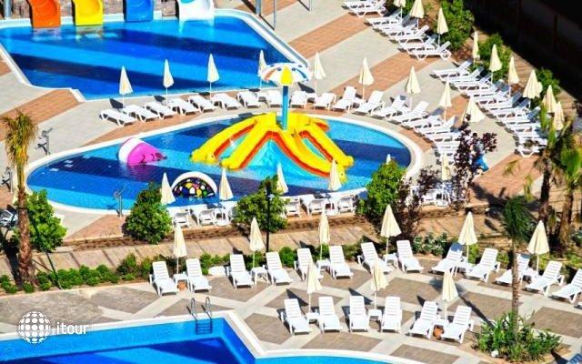 Ramada Resort Lara Hotel 6
