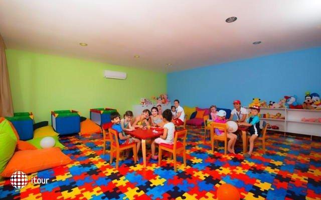 Ramada Resort Lara Hotel 10