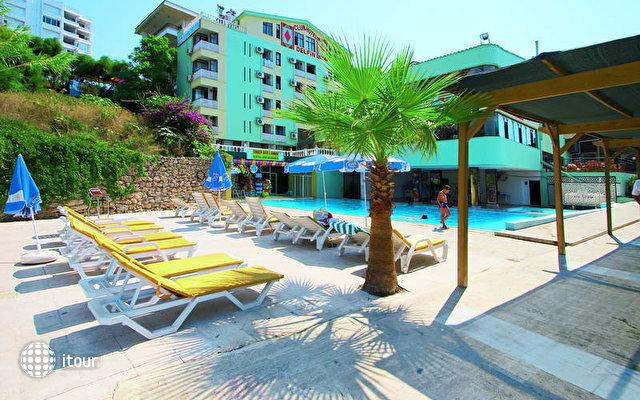 Club Hotel Delfino 3