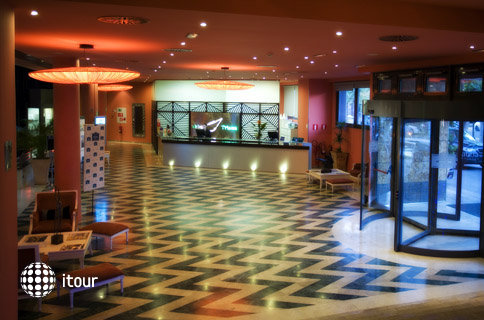 Triana Hotel 4