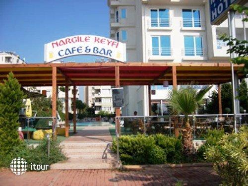 Kristal Beach Hotel 1