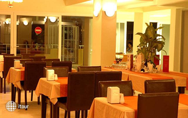Erdem Hotel 6