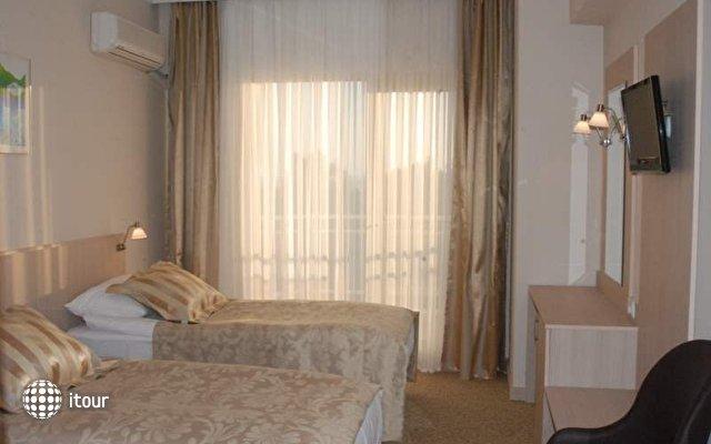 Hotel Suix Lara 5