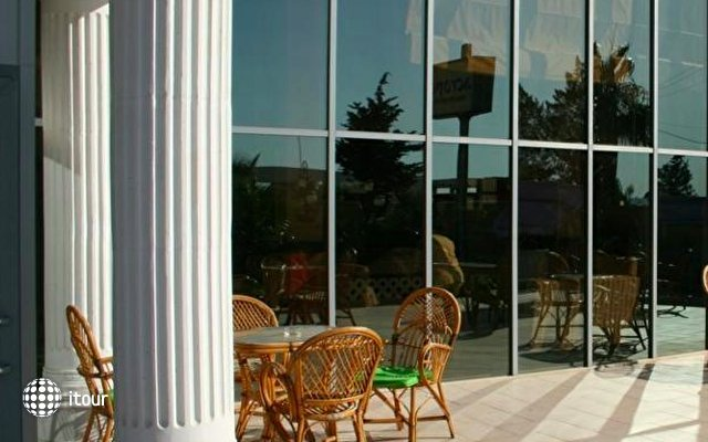 Acropol Beach Hotel 8