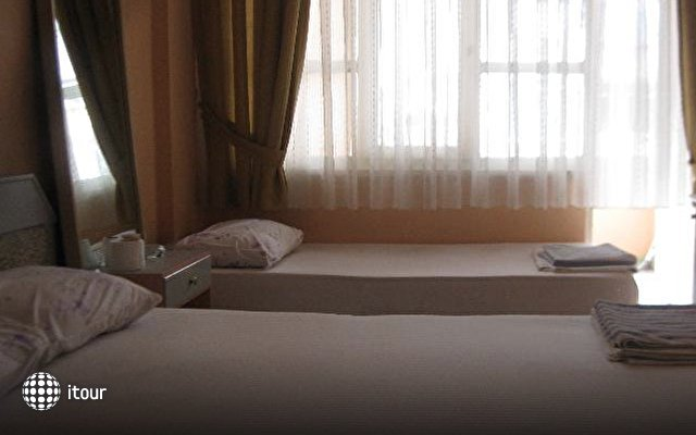 Alp Hotel 8