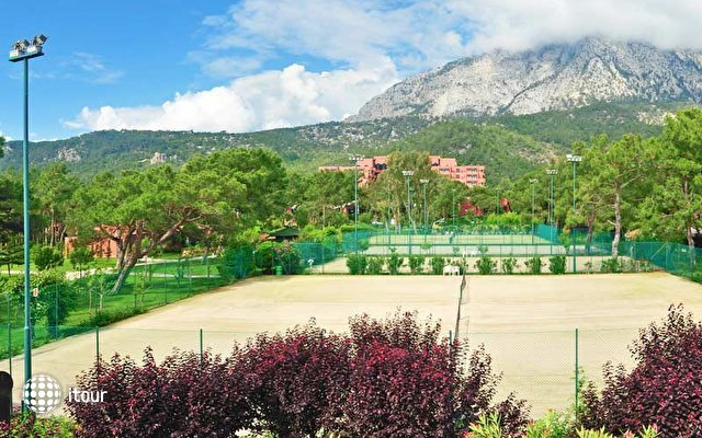 Renaissance Antalya Beach Resort & Spa 4