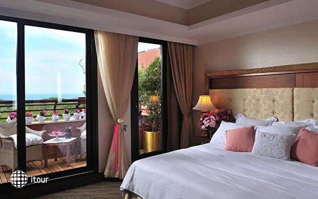 Renaissance Antalya Beach Resort & Spa 5