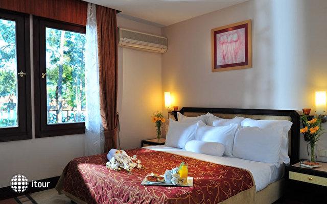 Renaissance Antalya Beach Resort & Spa 6